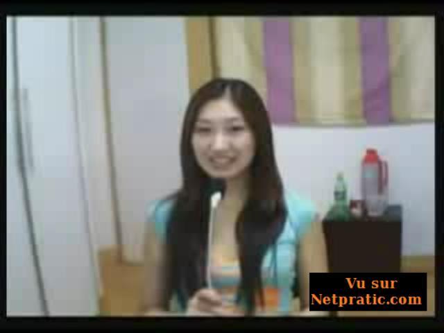 [VIP] Fille chinoise battue par son petit ami devant la webcam