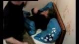 Choc: Il frappe sa copine parce qu'elle refuse de boire de l'alcool avec lui (Public averti)